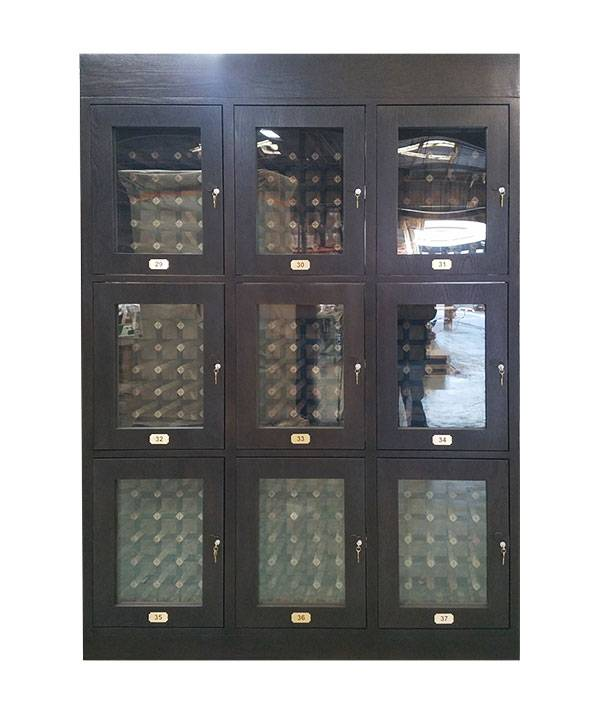 Cabinet 32 B