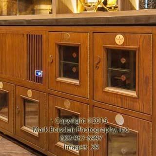 Cabinet 10